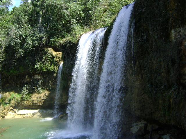Cascadas de Monte Plata | Explora! Dominicana